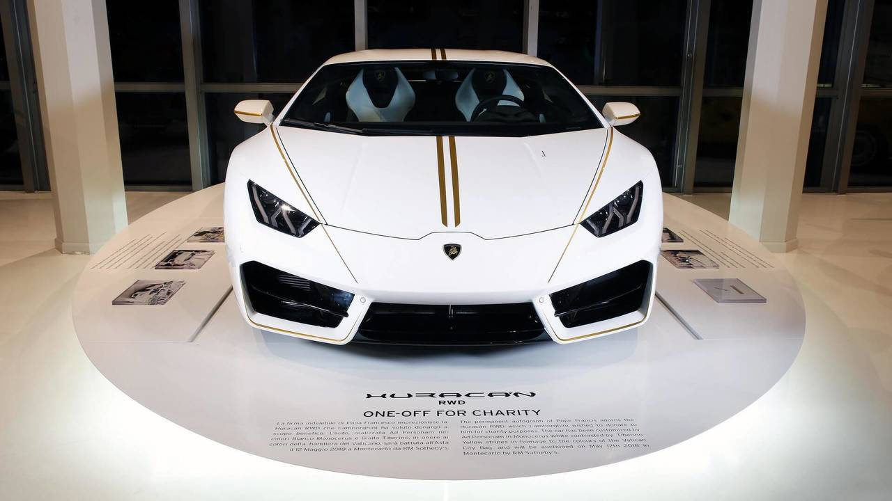Lamborghini Huracan LP 580-2 Signed By The Pope