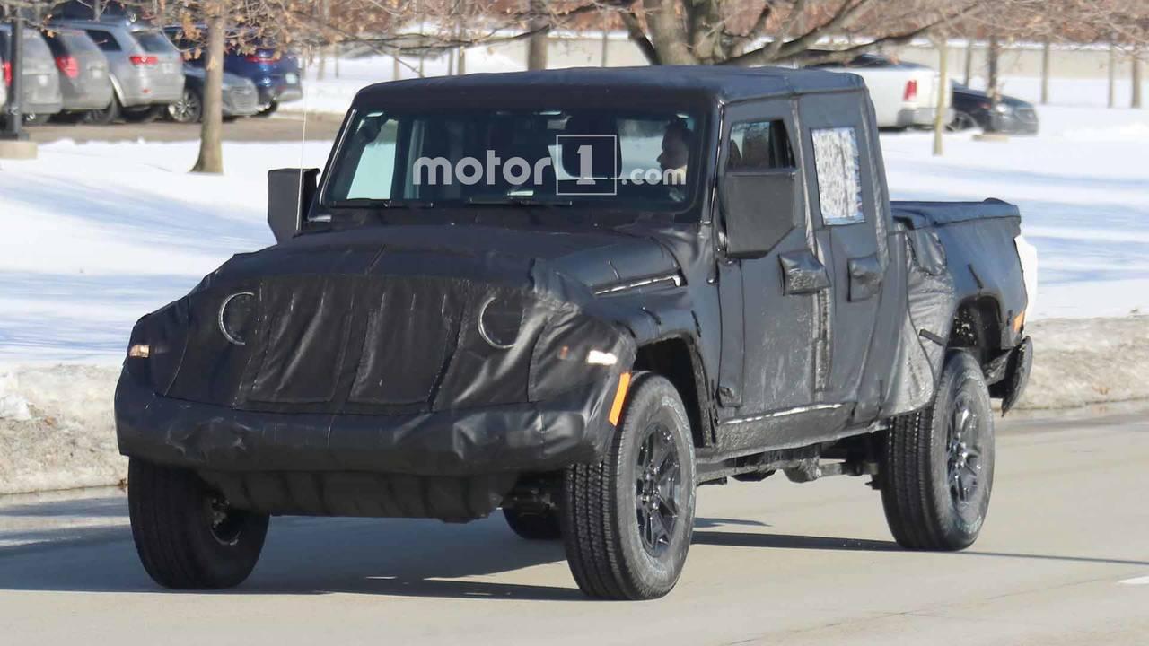 Jeep Scrambler Pickup Spy Shots
