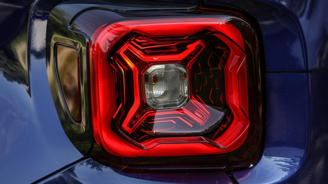 2019 Jeep Renegade facelift Euro Spec teaser