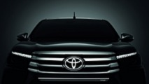 Toyota Hilux Chrome Edition et Black Edition