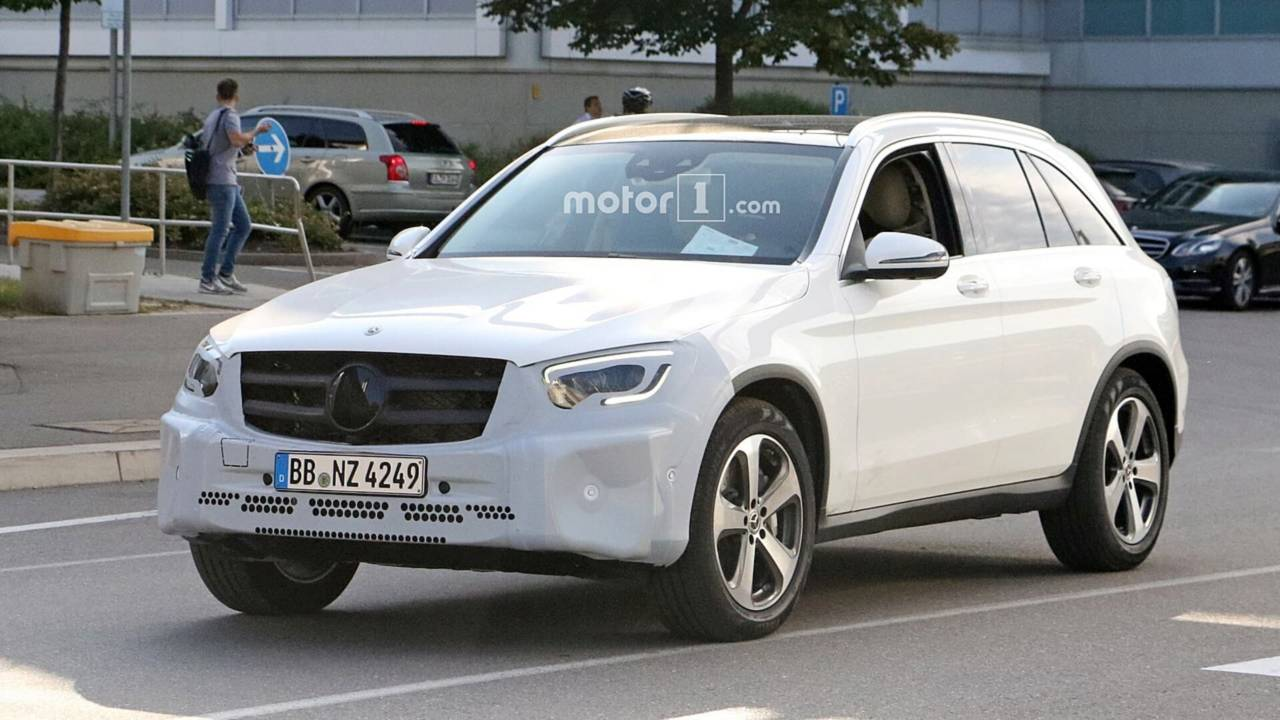 2019 Mercedes Glc Spied With New Headlights Taillights