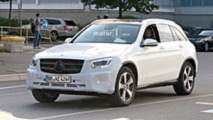 2019 Mercedes GLC facelift spy photo