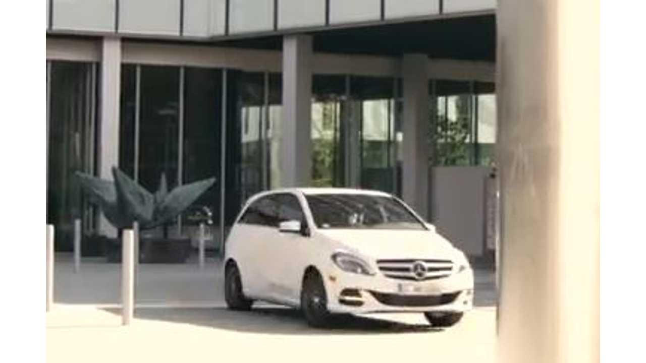 Video: Mercedes-Benz Releases B-Class Electric Drive Commercial