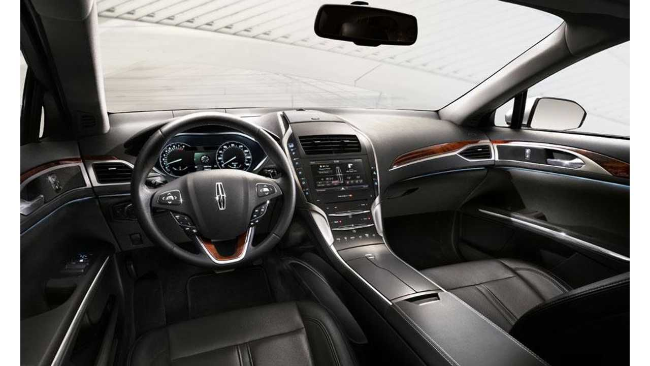 The Mkz Certainly Has Interior Comfort You Expect From Lincoln