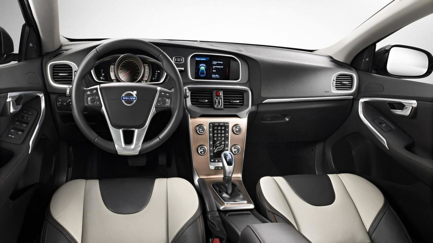 Official Volvo V40 Cross Country Revealed Ahead Of Paris Debut Videos