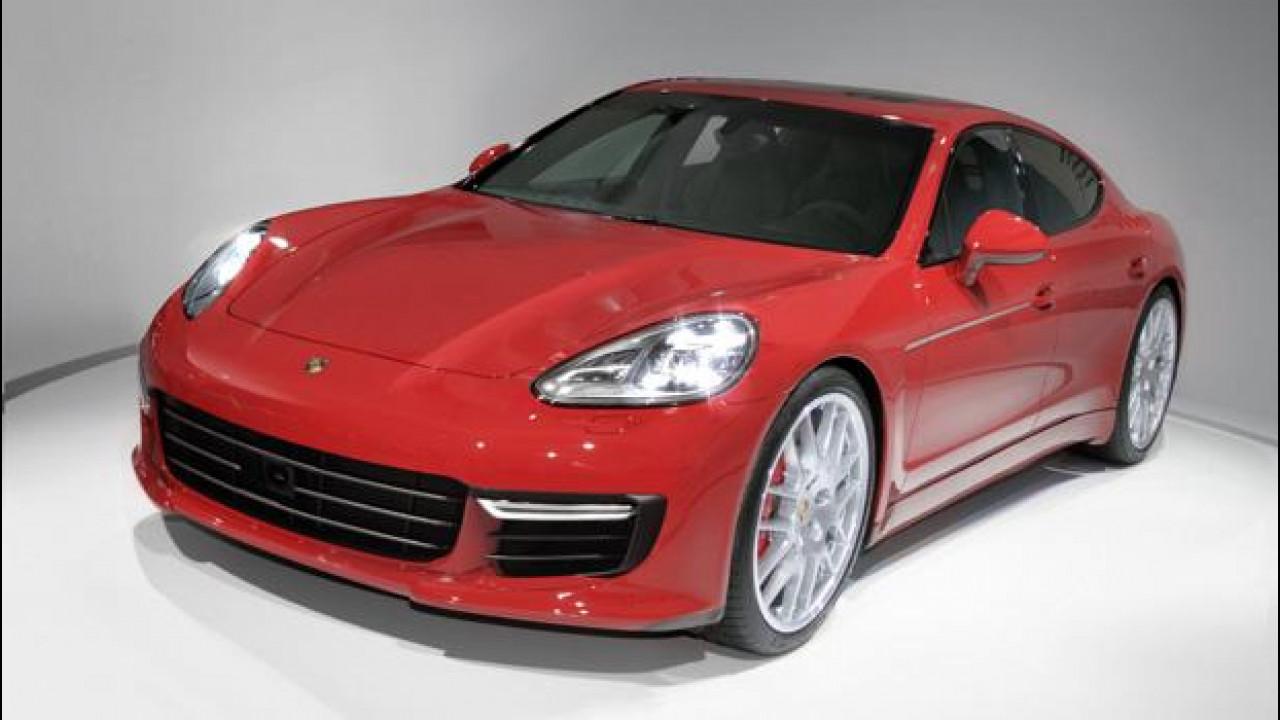 [Copertina] - Porsche Panamera, la nuova ce la immaginiamo così