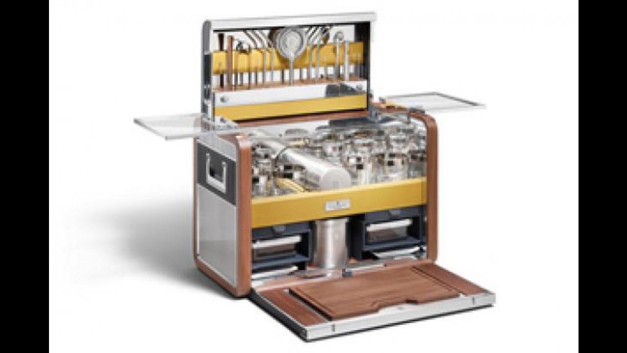 [Copertina] - Rolls Royce firma una serie limitata di accessori per cocktail