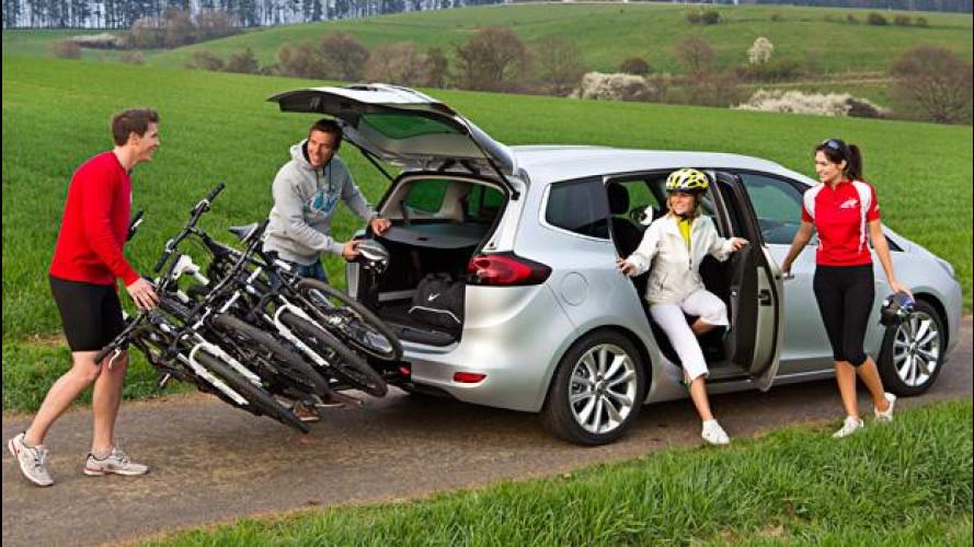 Viaggi in auto, da Opel una carrellata di accessori ad hoc