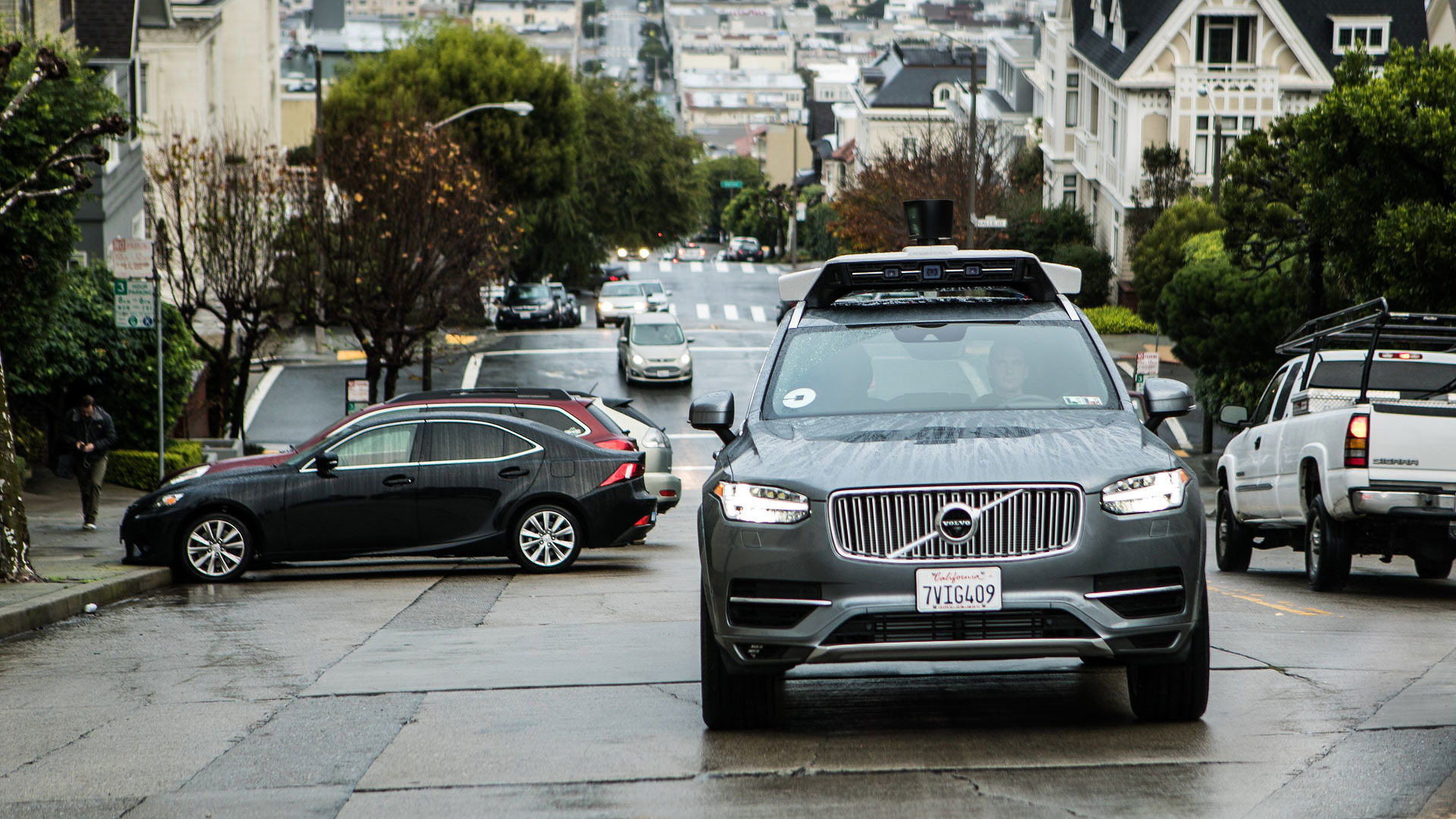 Volvo Of Tempe >> All Uber Self Driving Cars Back On Duty After Crash In Tempe