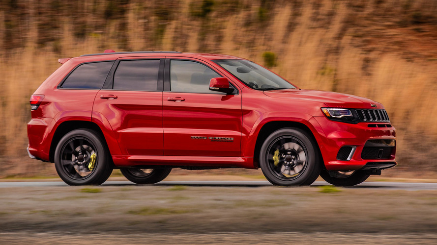 Watch The Jeep Grand Cherokee Trackhawk Reach 175 MPH