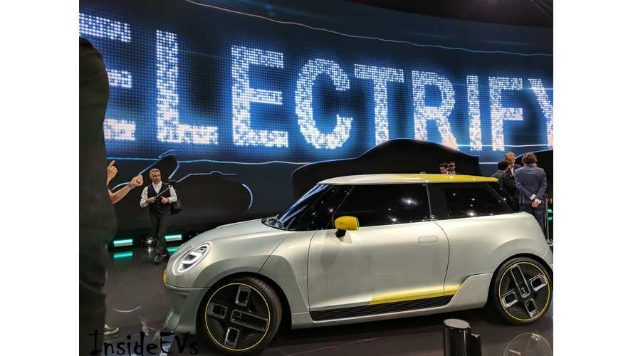 Mini Won't Follow Smart's All-Electric Path Yet