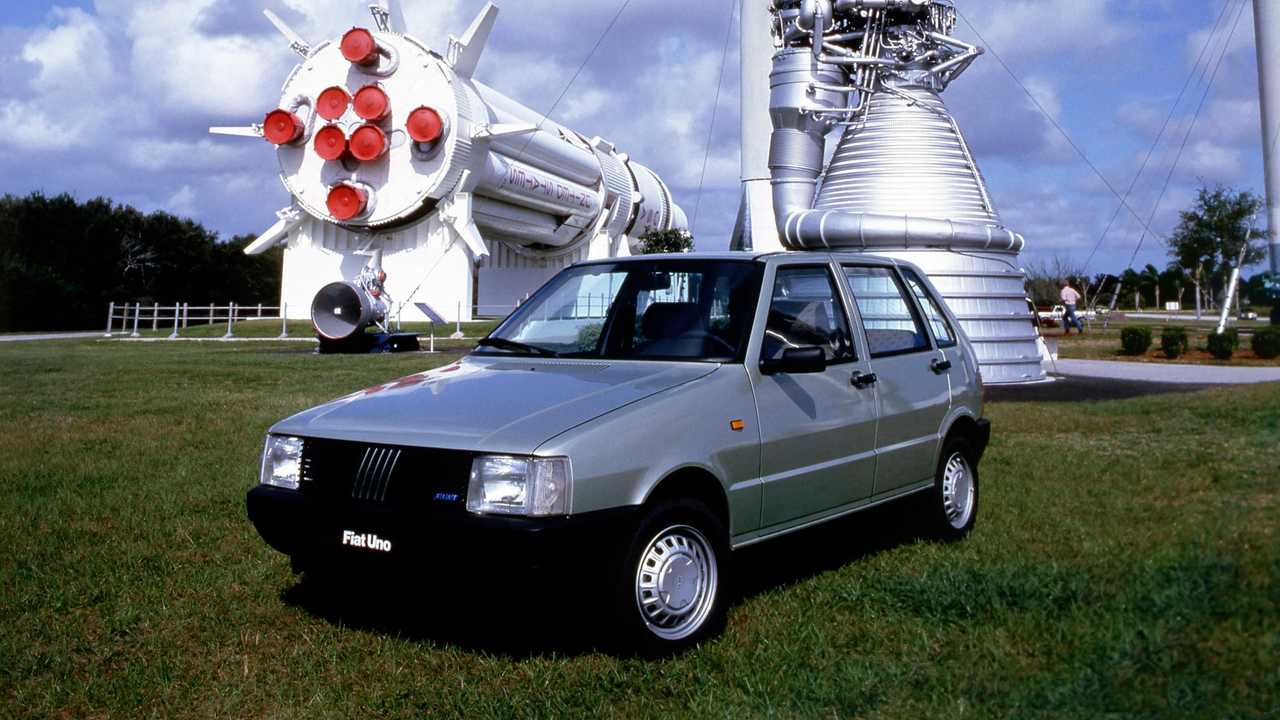 Fiat Uno, historical pictures