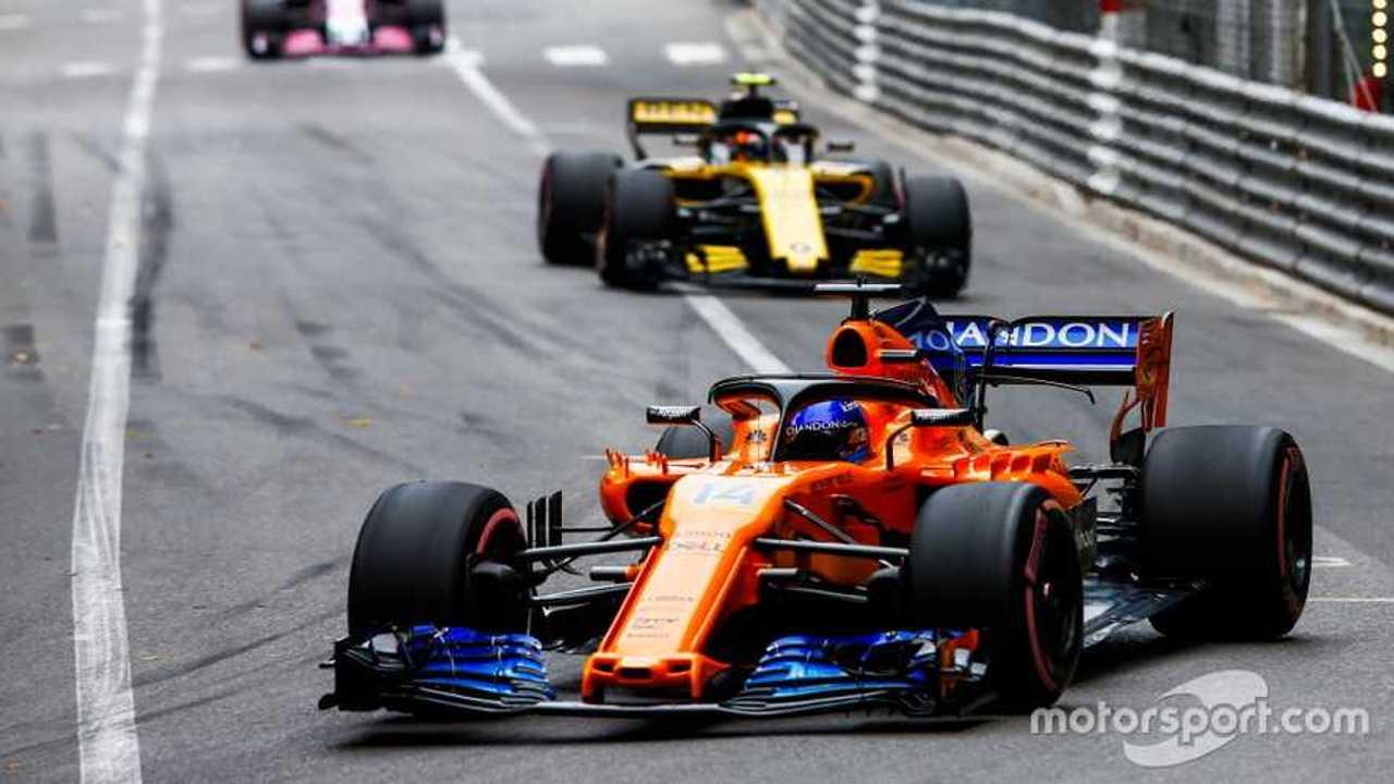 Fernando Alonso leads Carlos Sainz Jr at Monaco GP 2018