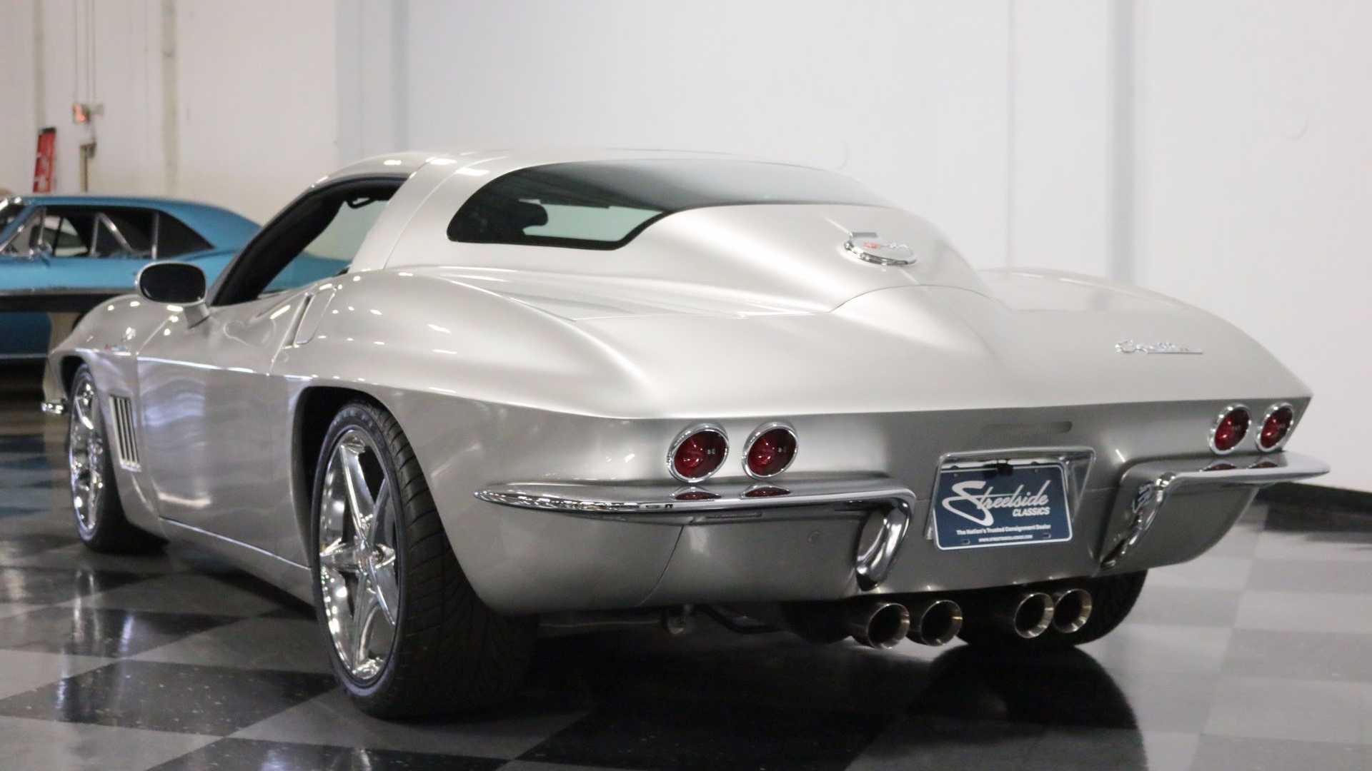 "[""C6 Corvette Transformed With C2 Silhouette""]"