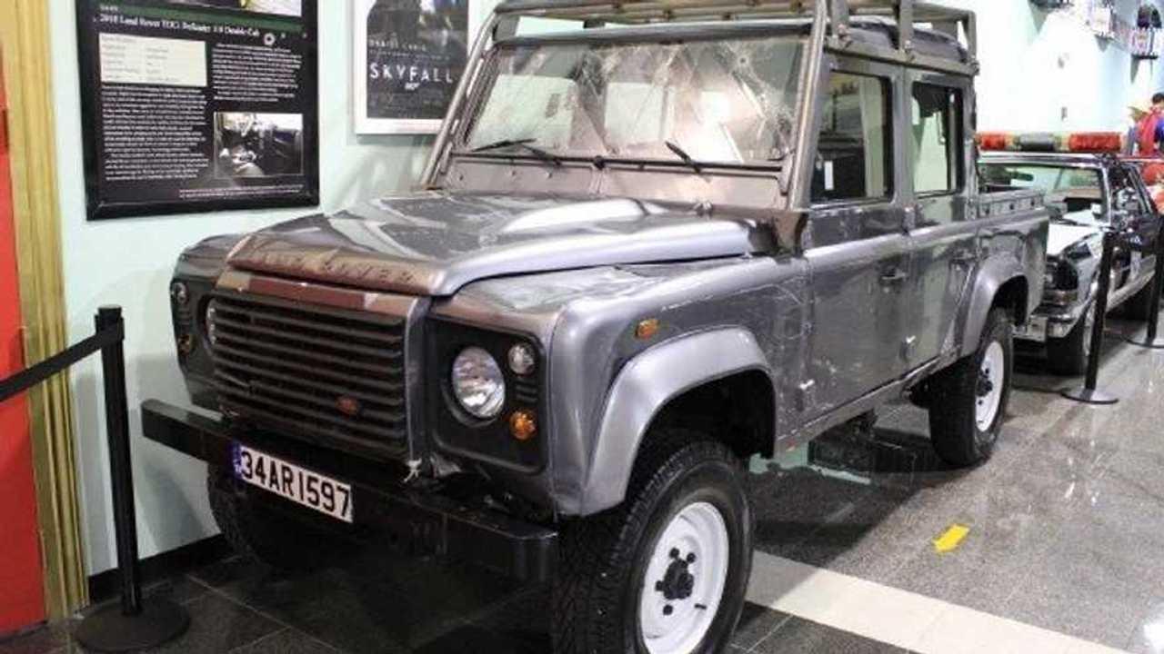 2012 Land Rover Defender Skyfall