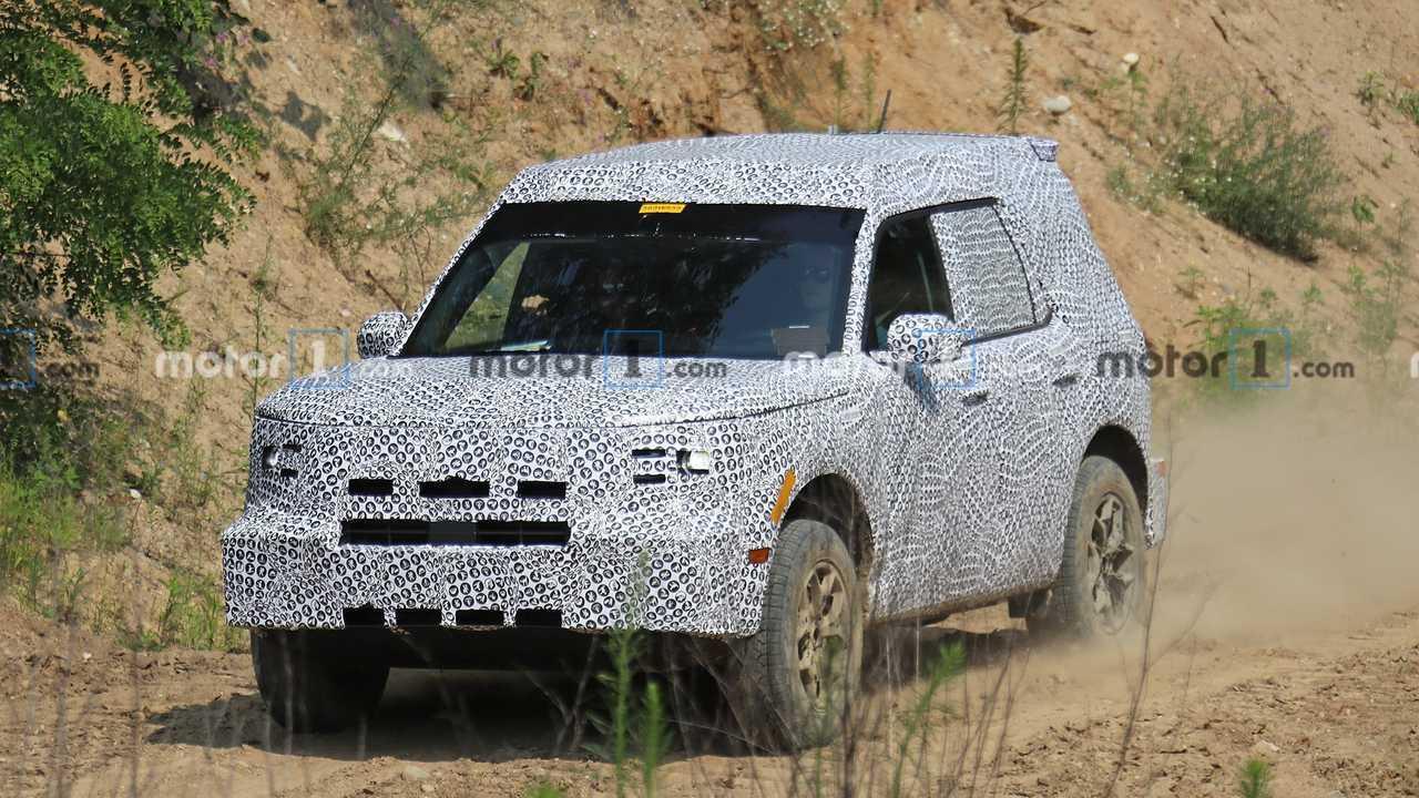 Ford Adventurer / Baby Bronco - Flagra