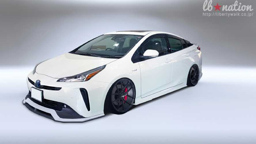 Toyota Prius Gets Liberty Walk Body Kit Because Why Not?