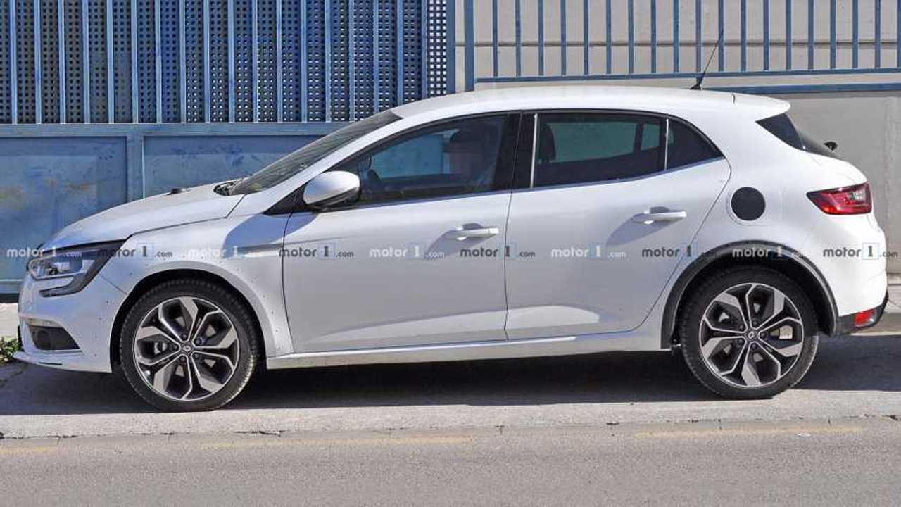 Photo espion Renault Megane hybride