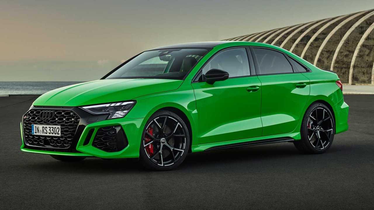 2022 Audi RS3 Sedan Cuarto delantero