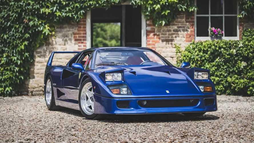 Ferrari F40 - Prix record pour cet exemplaire bleu aux enchères !