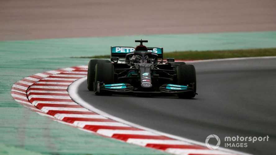 Hamilton explains why Mercedes F1 tyre call left him 'frustrated'
