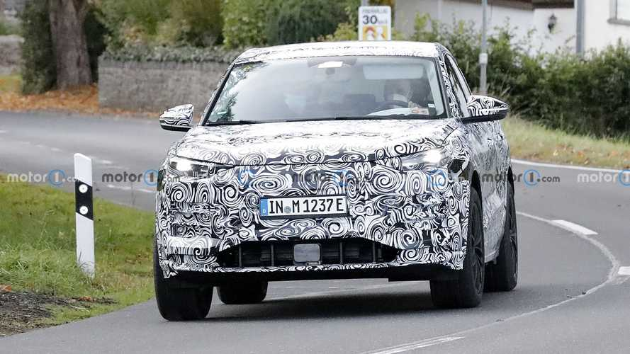2023 Audi Q6 E-Tron production body spy photos