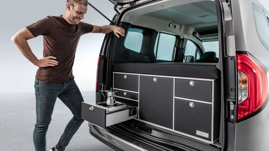 Новый Mercedes-Benz Citan уже успел получить кровать и кухню
