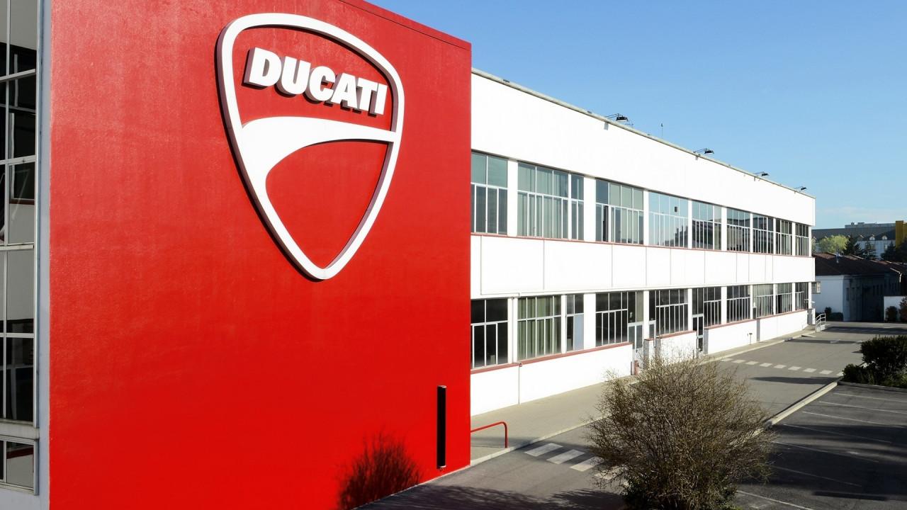 [Copertina] - Volkswagen, stop alla vendita di Ducati