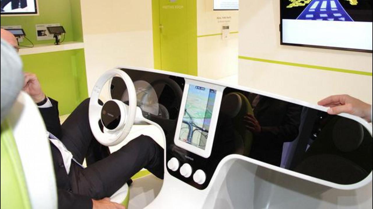[Copertina] - Salone di Francoforte, TomTom si prepara per la guida autonoma