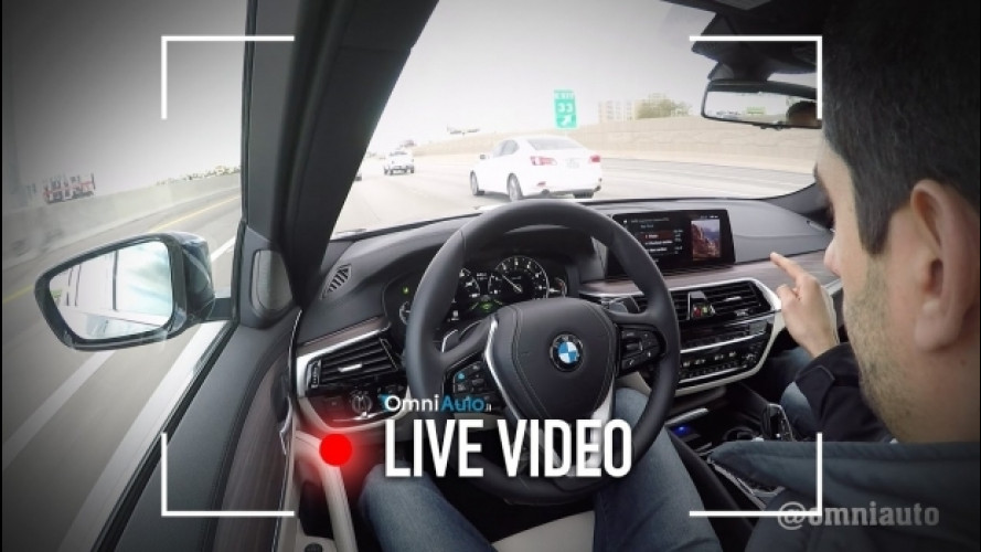 BMW, al CES 2017 la Serie 5 guida da sola [VIDEO]