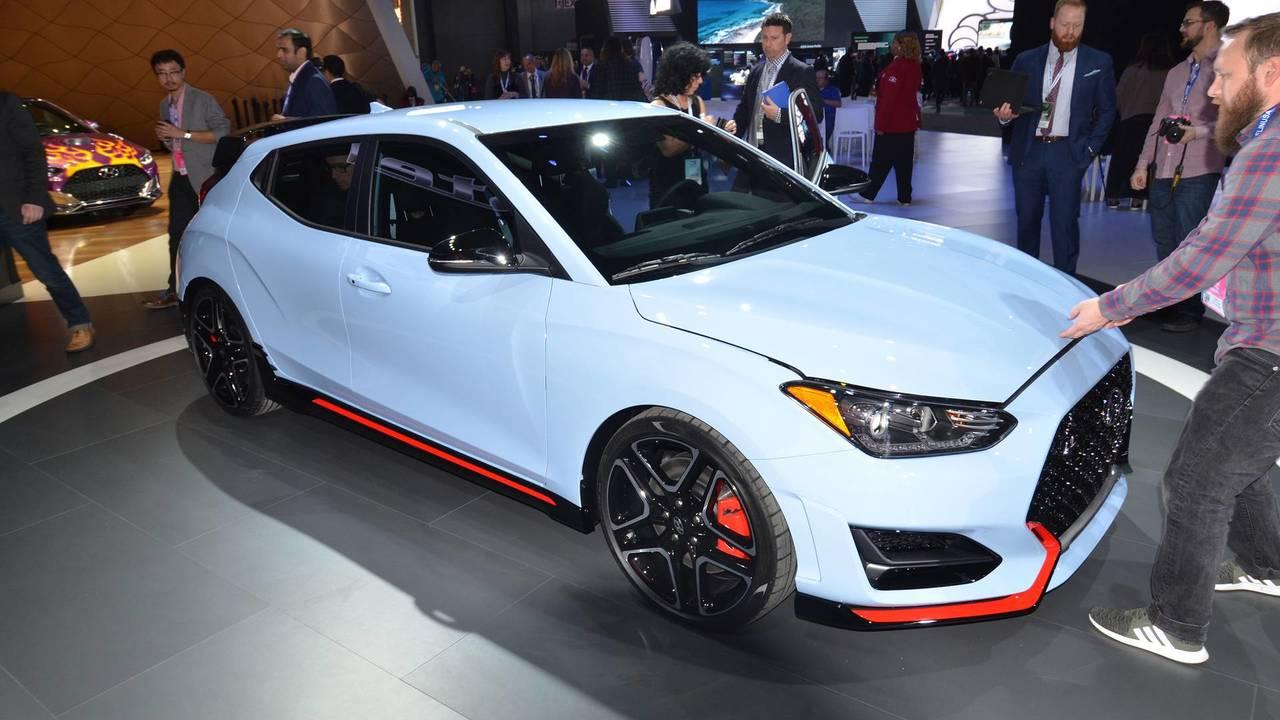 Hit: Hyundai Veloster N Surprise