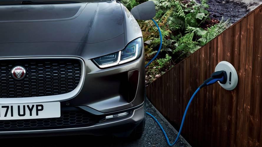 Jaguar Land Rover consegue US$ 626 milhões para investir em elétricos