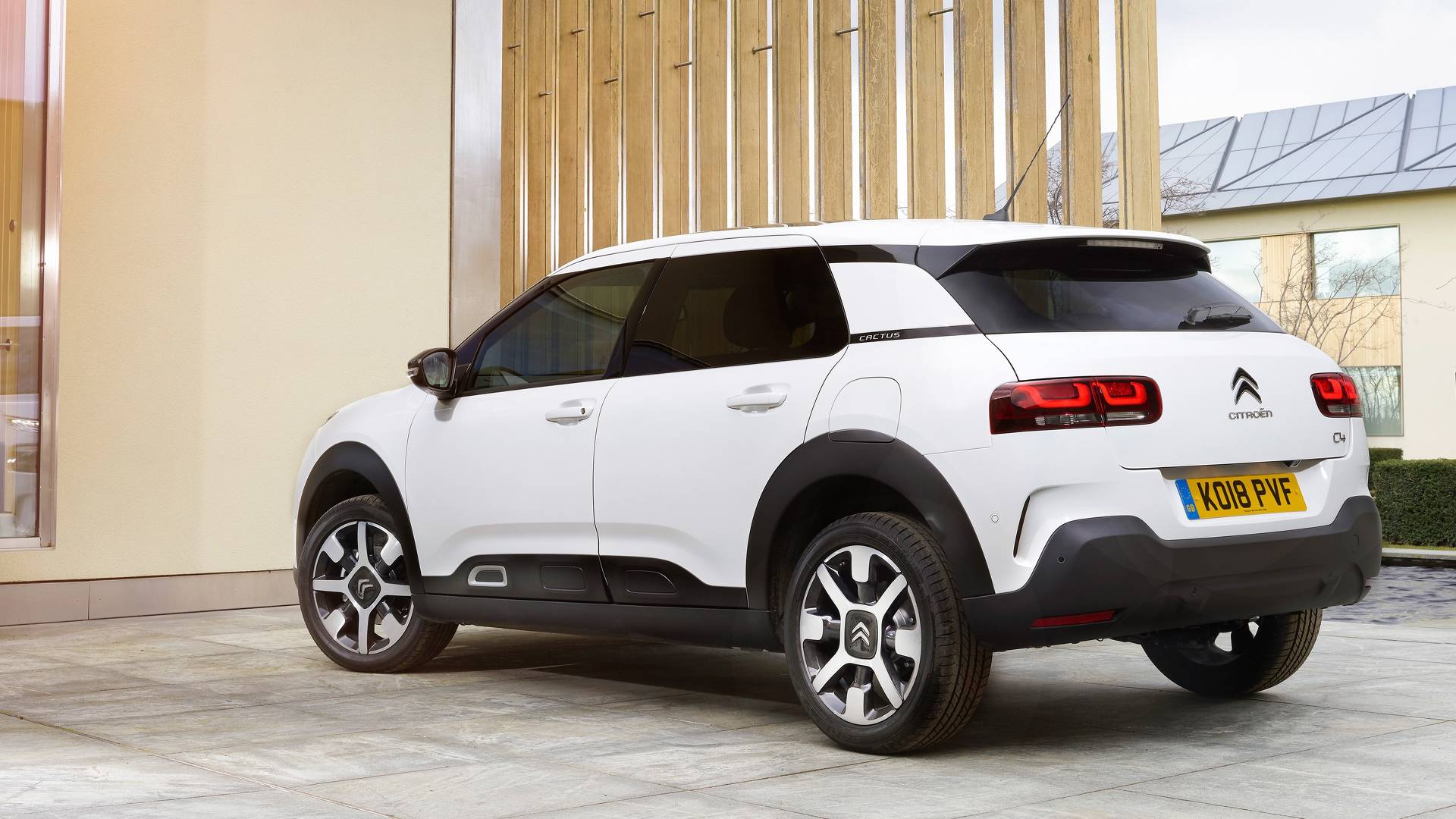 Citroen C4 Cactus >> 2018 Citroen C4 Cactus Review Quirky Comfort