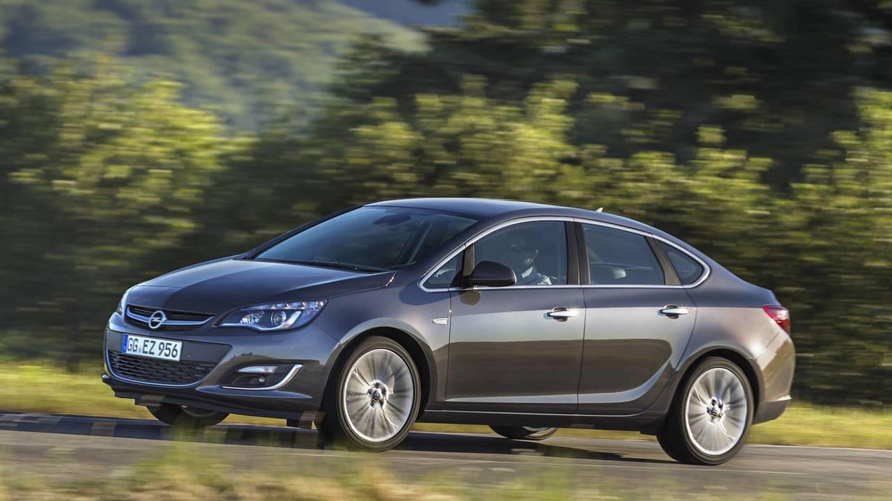Opel 5,884