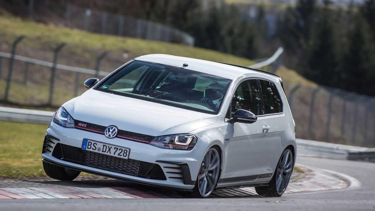 Volkswagen Golf GTI Clubsport S (2016)