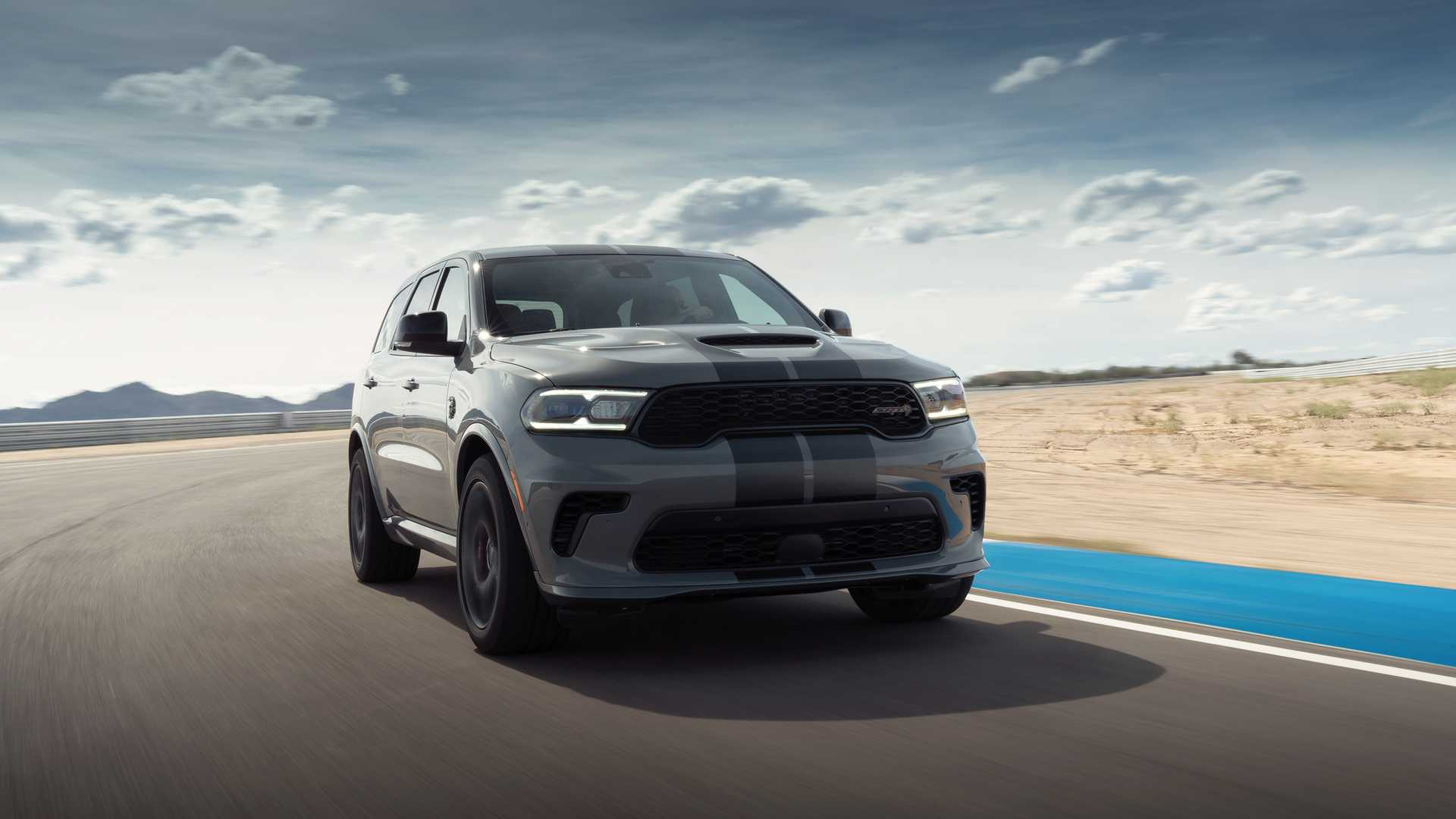 Dodge Durango SRT Hellcat, Challenger SRT Super Stock, Charger Redeye Debut