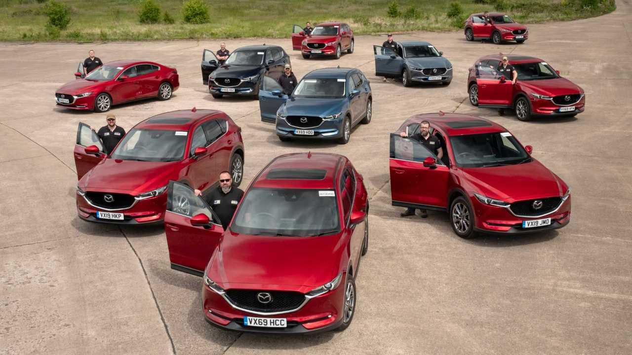 Mazda supplies cars to Team Rubicon UK
