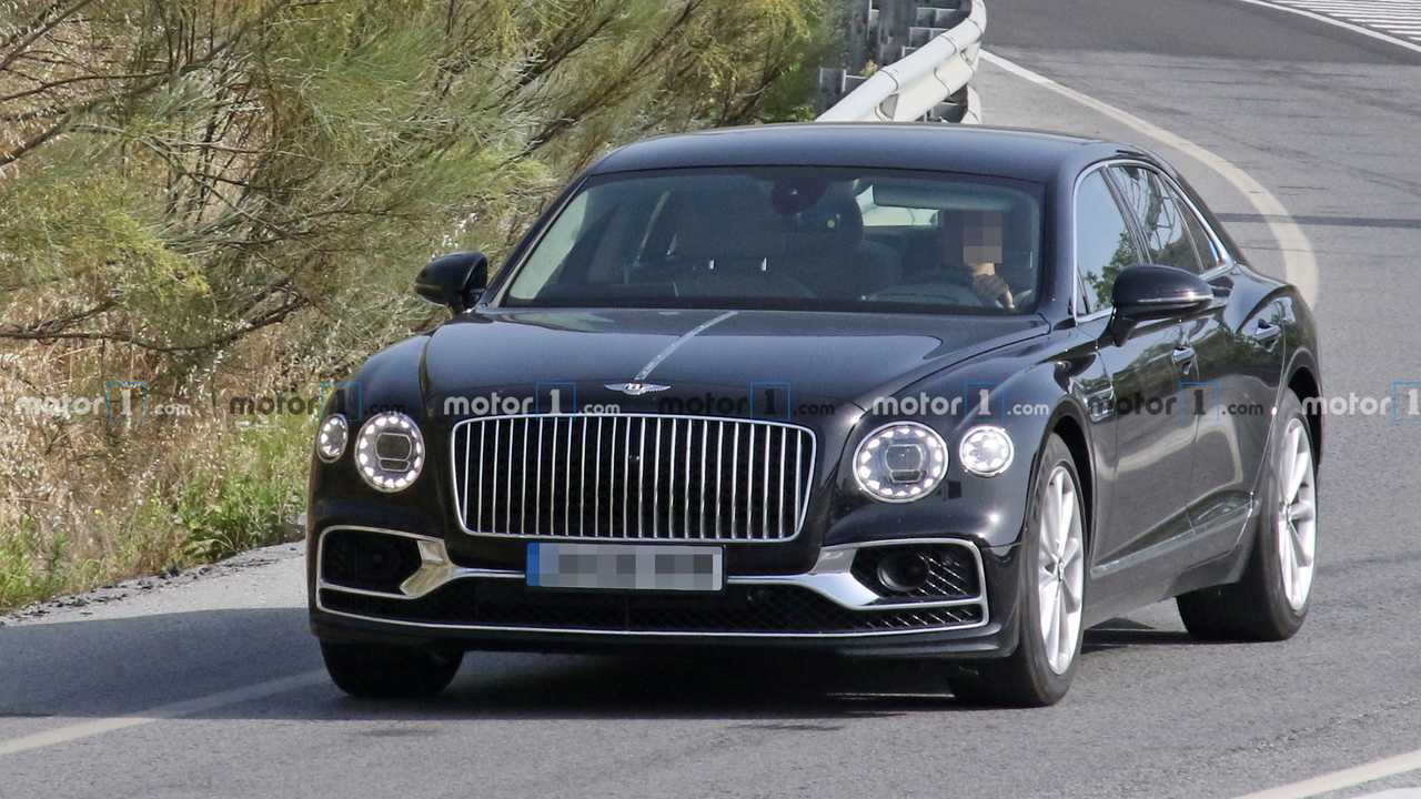 Possible Bentley Flying Spur Speed espion photo