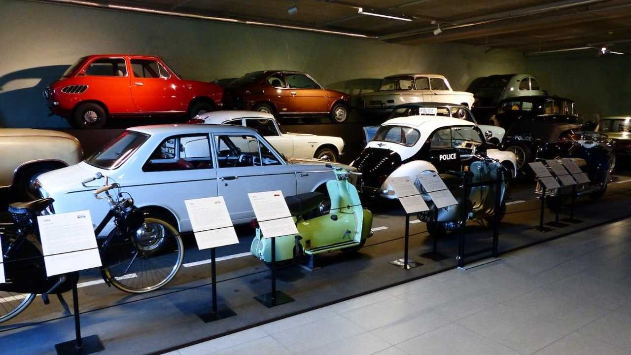 Louwman Museum: automotive heaven in Holland