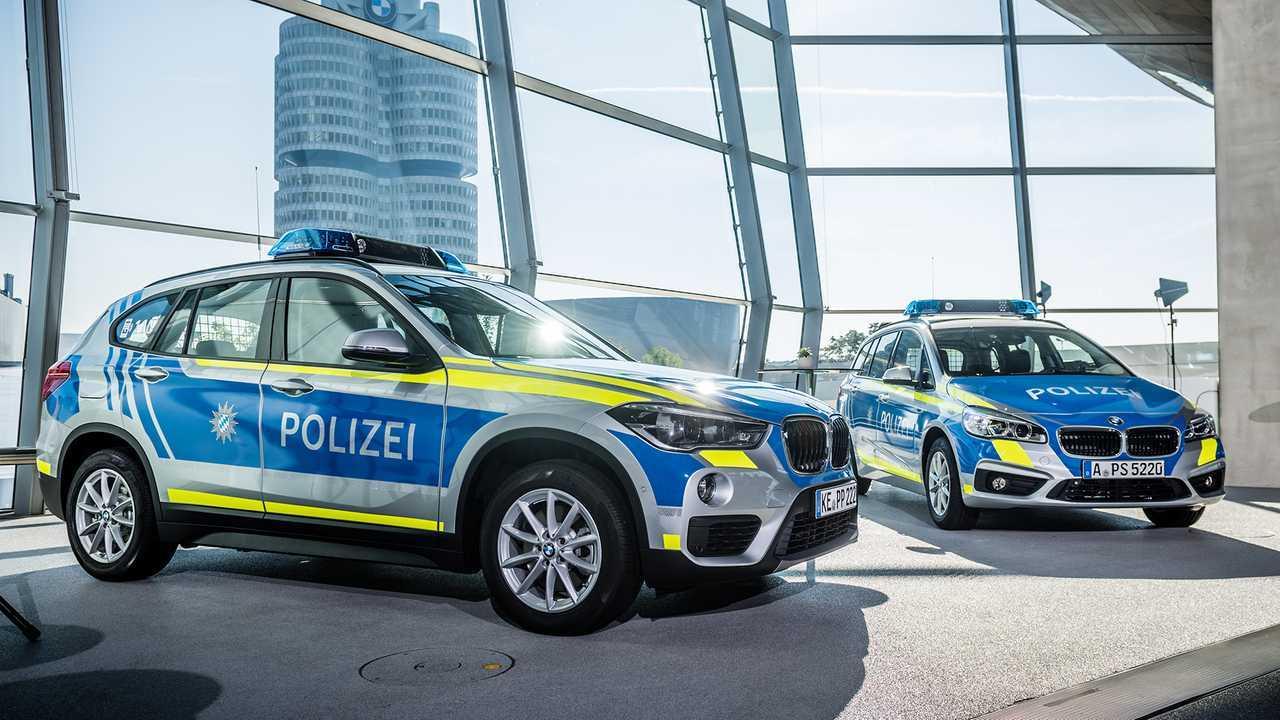 Polizeiautos in Deutschland: BMW X1 und 2er Active Tourer