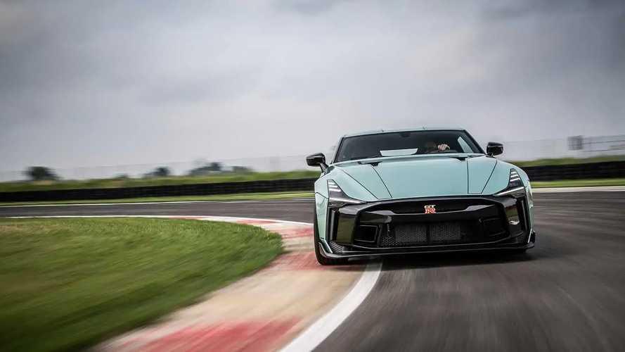 VIDÉO - La Nissan GT-R50 Italdesign se déchaîne sur la piste