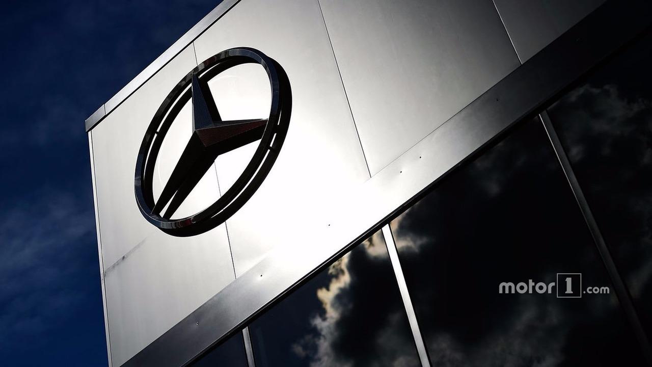Mercedes logosu