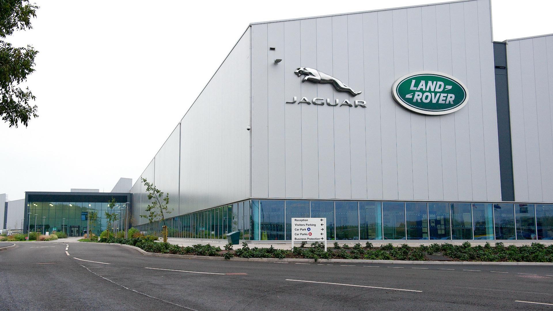 Jaguar Land Rover bazı modellerinin üretimini durdurabilir
