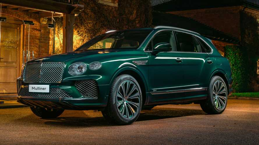 Unique Bentley Bentayga Hybrid from Mulliner is very, very green