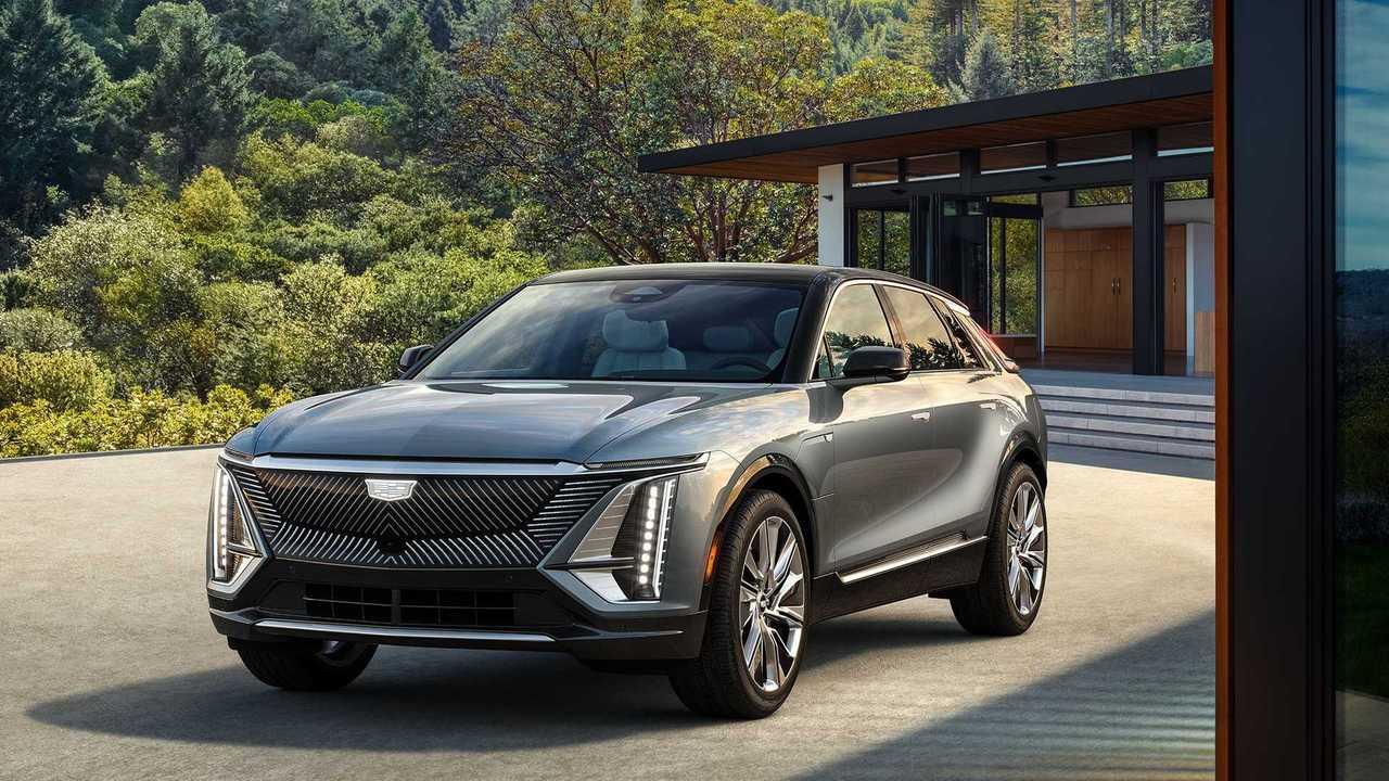 Электрический Cadillac, который приедет в Россию, стал серийным