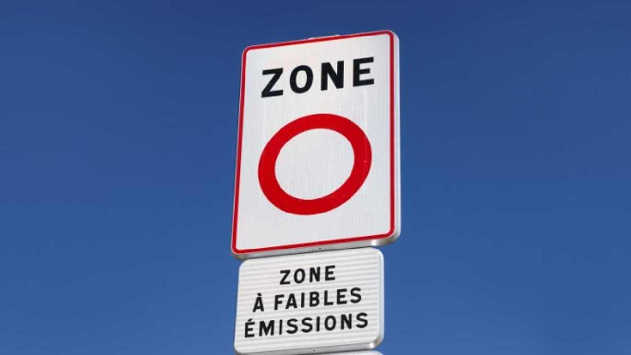 Paris Low Emissions Zones