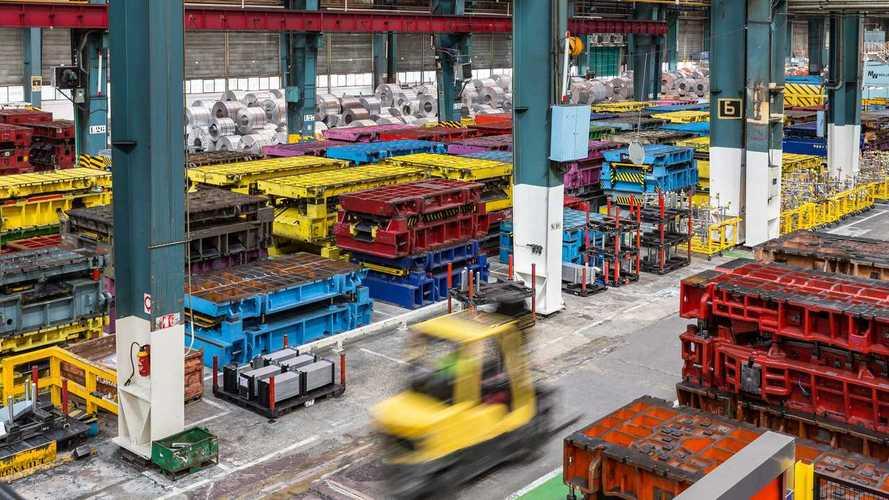 Французские заводы Renault