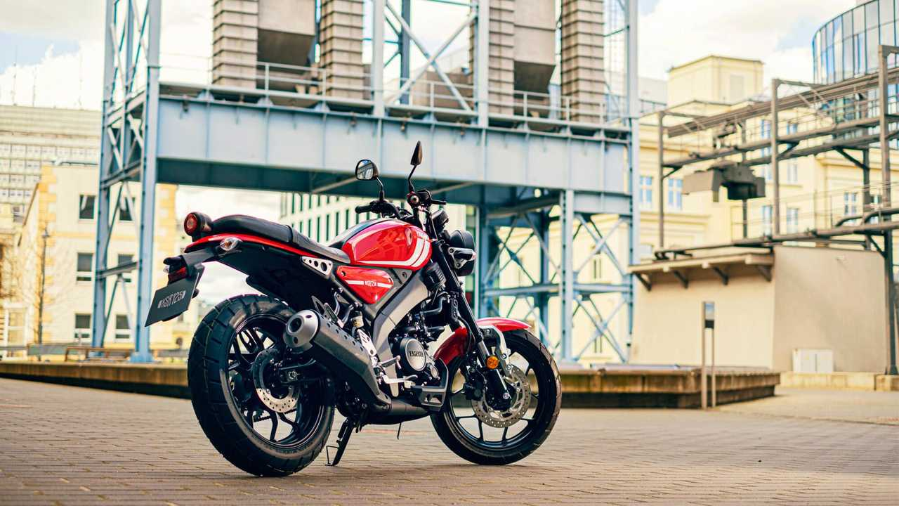 2021 Yamaha XSR125 - Right Rear Angle Street View