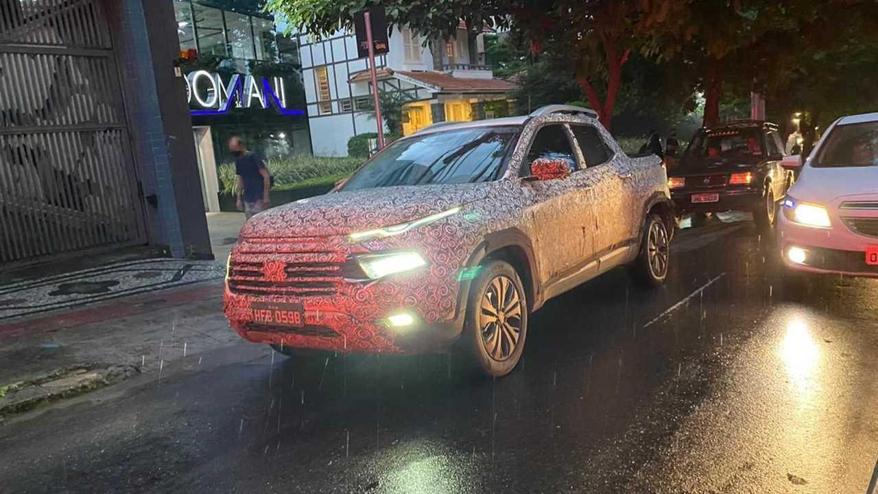 Fiat Toro 2022 - Flagra