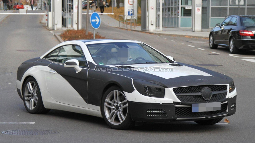 2012 Mercedes-Benz SL spied with less camo
